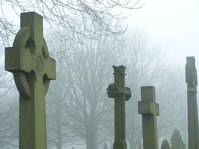 cemetery-91553_1280