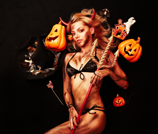 happy_naughty_halloween